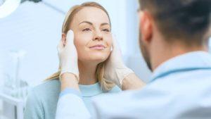 Chirurgie esthétique : les dangers pour la santé ?
