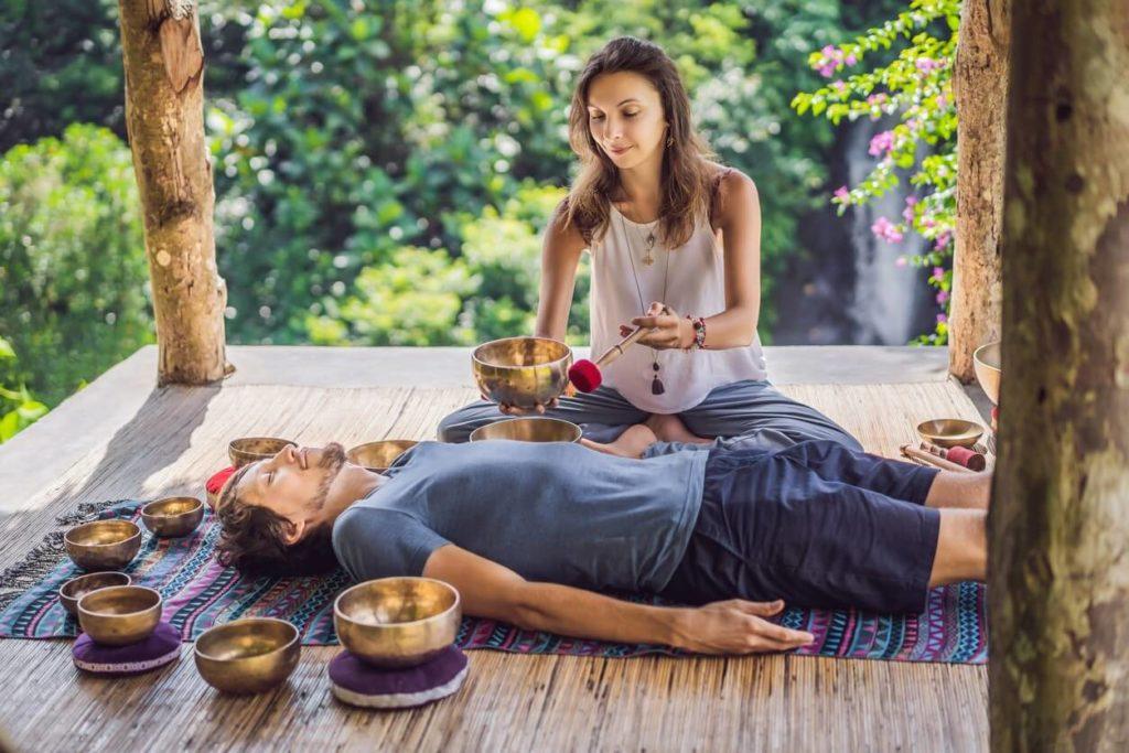 Tibetan sound bowl: benefits of sound meditation?
